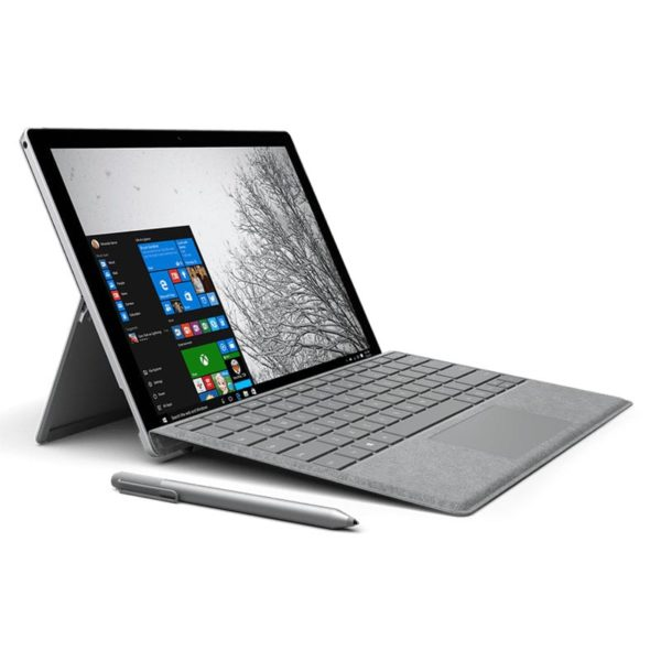 Microsoft Surface pro 4 mit Surface Pen und Type Cover Tastatur