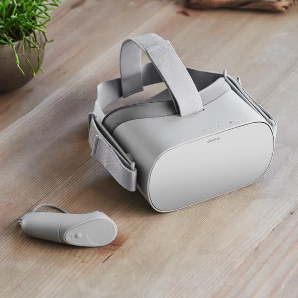 VR Brille Oculus Go mit Controller